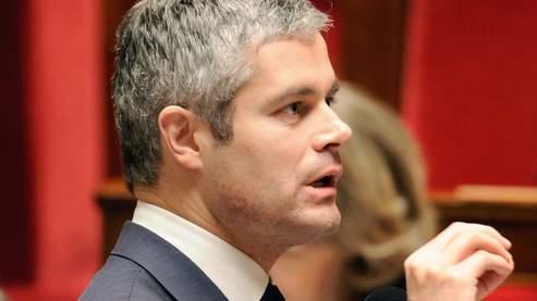 Laurent Wauquiez veut déposer à l'Assemblée une proposition de loi pour contraindre les bénéficiaires du RSA à «assumer» cinq heures hebdomadaires de service d'intérêt général.