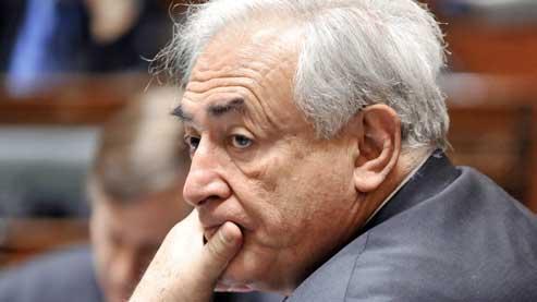 La carrière de DSK au FMI a déjà été menacée en 2008 après la révélation d'une liaison extra-conjugale avec une économiste hongroise de l'institution
