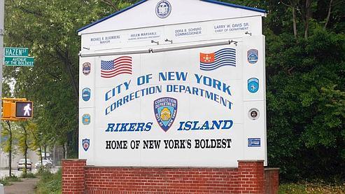 L'entrée de la prison de Rikers Island à New York.