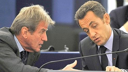 L'annulation du colloque de Bernard Kouchner sur la liberté d'expression en ligne aurait signé la rupture avec Nicolas Sarkozy.
