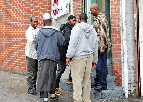 L'entrée du Fouta Islamic Center. Cette mosquée est l'unique lieu de vie communautaire des Peuls du Bronx, à New York.