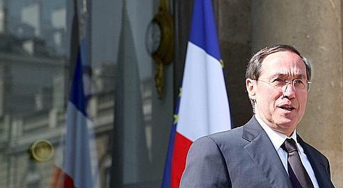 «l'objectif du gouvernement est de réduire, sur l'année qui vient, le flux d'immigration légale à 20.000 titres», a annoncé aux préfets le ministre de l'Intérieur.