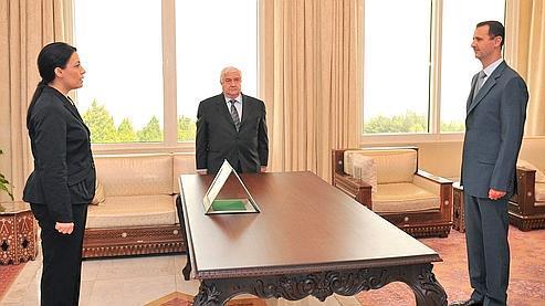 Lamia Shakkour, ambassadrice de Syrie en France, rencontre Bachar el-Assad à Damas en 2008.