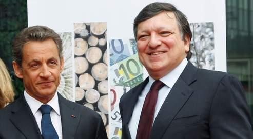 Nicolas Sarkozy, mardi, à Bruxelles, avec José Manuel Barroso, le président de la Commission européenne.