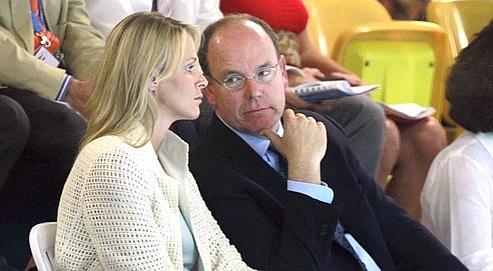 La fiancée «aurait voulu interrompre les préparatifs de son mariage et repartir» en Afrique du Sud, en raison de «la vie privée» de son prince, rapporte L'Express.