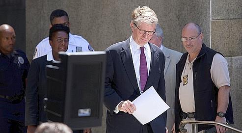 «L'enquête continue», a déclaré, vendredi, le procureur Cyrus Vance, après la levée de l'assignationà résidence de Dominique Strauss-Kahn.