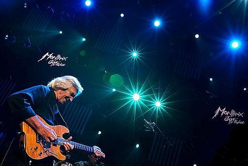 John McLaughlin,le 3 juillet, au Festival de Montreux.