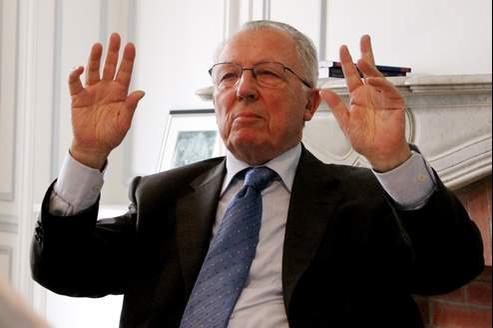 Jacques Delors dénonce l'attitude de l'Allemagne.