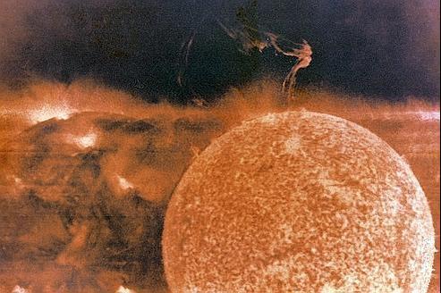 Une éruption solaire photographiée en 1973 par l'astronaute Garriot.