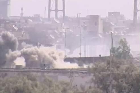 Le commandant militaire des rebelles à Tripoli affirme que ses hommes ont «remporté la bataille militaire», après la prise du QG de Kadhafi.