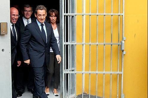 Nicolas Sarkozy a visité mardi le centre de détention de Réau, près de Paris.