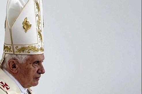 Pédophilie : le Pape accusé de crime contre l'humanité