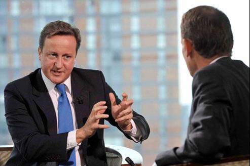 David Cameron : «J'aimerais voir les dirigeants européens relever leurs manches». (Crédits photo: REUTERS)