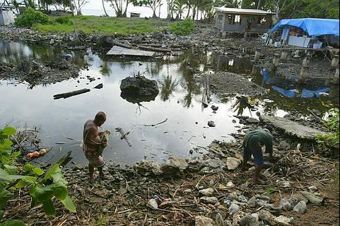 Des îles du Pacifique Sud à court d'eau potable