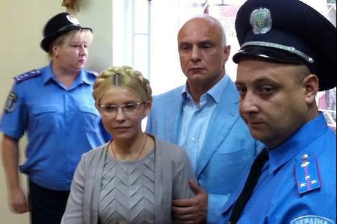 L'ex-premier ministre désormais dans l'opposition était jugée depuis juin pour avoir signé des contrats gaziers avec la Russie jugés défavorables à son pays.