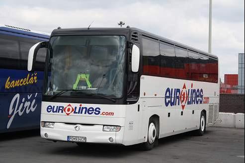 Les liaisons nationales des autocars pourraient concurrencer les TER. crédits photo: DR