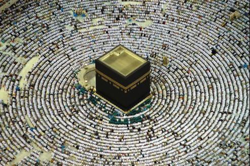 2,5 millions de musulmans se rendent chaque année à La Mecque.