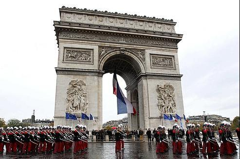Cérémonie à l'Arc de triomphe, le 11 novembre 2010.