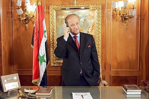 «Aujourd'hui en Syrie, les membres de la famille el-Assad sont solidaires. Ils font bloc parce qu'ils ont peur», estime Rifaat el-Assad (ici en 2005, en Espagne).