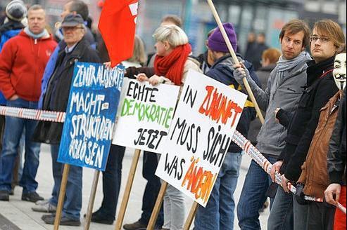 Manifestation contre les banques devant la BCE à Francfor. Le pouvoir d'acaht des Allemands a baissé de 4,7% depuis dix ans.
