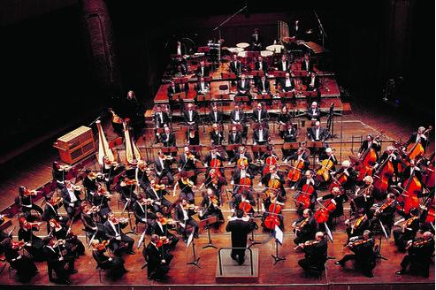 L'Orchestre national du Capitole de Toulouse. (P Nin.)