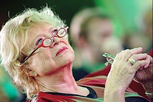 Eva Joly dénonce «l'archaïsme» des amis du PS