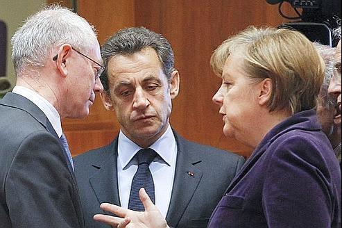 Herman Van Rompuy, Nicolas Sarkozy et Angela Merkel (de gauche àdroite), lors du sommet à Bruxelles le 4 février dernier.