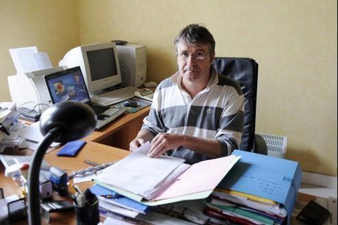 Paul François dans son bureau le 20 avril.