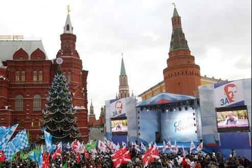 Une manifestation pro-Kremlin lundi à Moscou. Crédits photo : Reuters