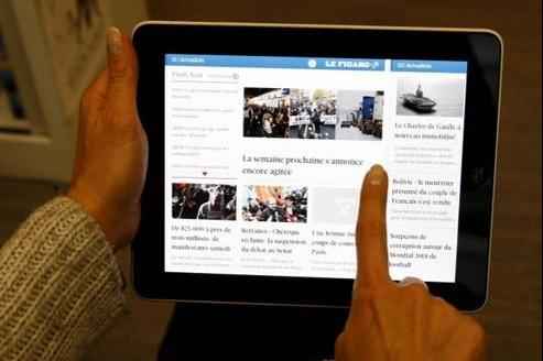 Le temps passé à lire des articles de presse augmente de 75% chez les utilisateurs de tablettes. Crédit : François Bouchon/Le Figaro