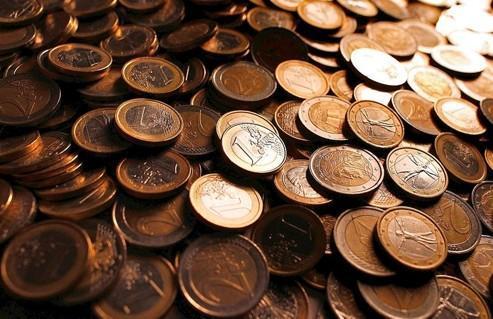 La monnaie unique affiche un repli de 12% depuis son point culminant de l'année, en mai 2011.