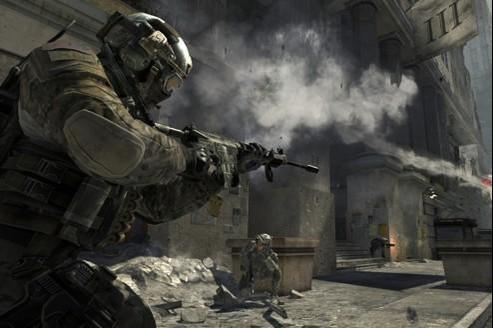 Call of Duty : Modern Warfare 3, malgré sa surenchère hollywoodienne, s'avère être plus fun à jouer que Battlefield 3.