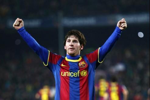 Buteur efficace, passeur incroyable et dribbleur magique, Messi maîtrise la gamme complète de l'attaquant d'exception... à seulement 24 ans.