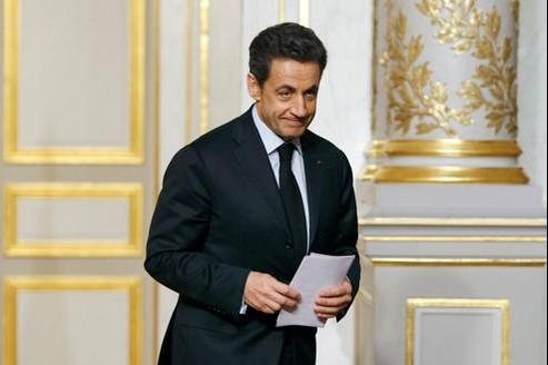 Le président Nicolas Sarkozy s'est attaqué aux agences denotation.