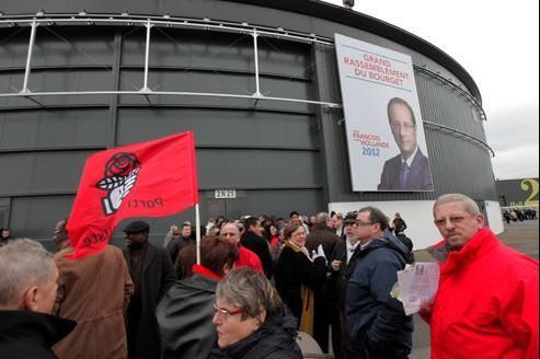 Dimanche, au Bourget, avant le grand meeting de François Hollande.
