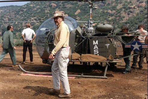 Robert Altman sur le tournage dde MASH.
