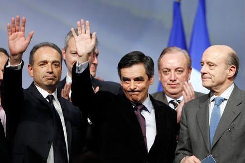 Jean-François Copé, François Fillon et Alain Juppé lors du conseil national de l'UMP.