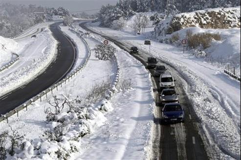 Les routes françaises sous la neige
