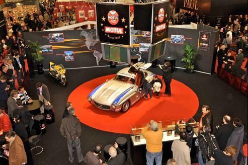 Rétromobile 2012 à la fête