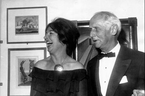 Dorothea Tanning et Max Ernst, lors du vernissage d'une exposition de ce dernier à la Tate Gallery de Londres, en 1961.