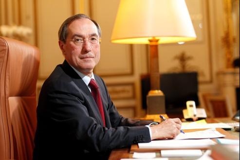 Claude Guéant affirme que la majorité n'admet pas le communautarisme, «parce que les valeurs républicaines prévalent pour tous».