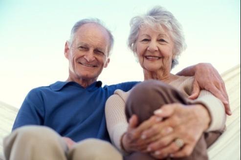 Pour accompagner les dépenses de santé liées au vieillissement, il est donc souhaitable de souscrire une mutuelle senior proposant une couverture adaptée. Crédits photo: YURI ARCURS/Fotolia