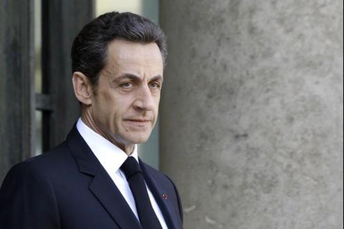 Nicolas Sarkozy envisage de «s'adresser directement aux Français pour qu'ils donnent leur opinion».