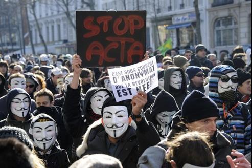Une manifestation contre Acta à paris, le 11 février dernier.