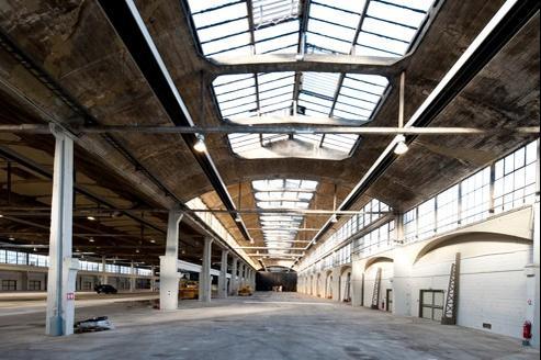 Cette halle de 310 m de long possède une beauté singulière, véritable témoignage de l'architecture du XXe siècle.