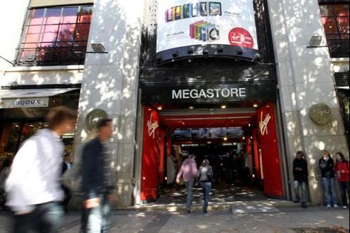 Le Virgin Megastore trône sur les Champs-Élysées depuis 1988.