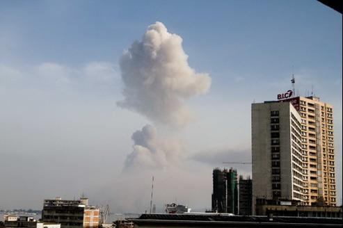 Le panache de fumée vu de Kinshasa, en RDC.