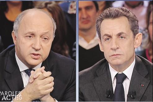 Laurent Fabius et Nicolqs Sarkozy hier sur le plateau de Des paroles etdes actes. Un débat parfois agressif, tout le temps animé.