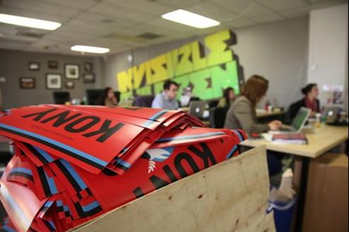 Avec sa campagne «Stop Kony», «Invisible children» défraie la chronique sur Internet.