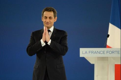 Nicolas Sarkozy, dimanche, a lancé à la foule : «Aidez-moi, j'ai besoin de vous.»